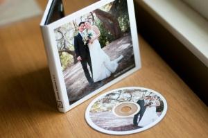 CD Undangan Pernikahan